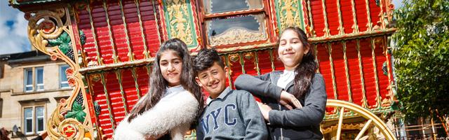Annette Street Primary welcomes Gypsy Caravan from Museum services