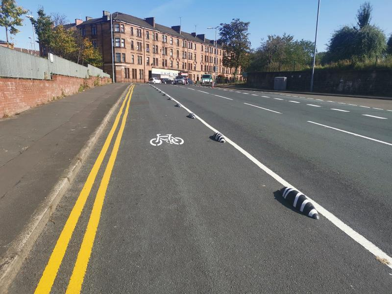 Bilsland Drive complete cycle lane 1