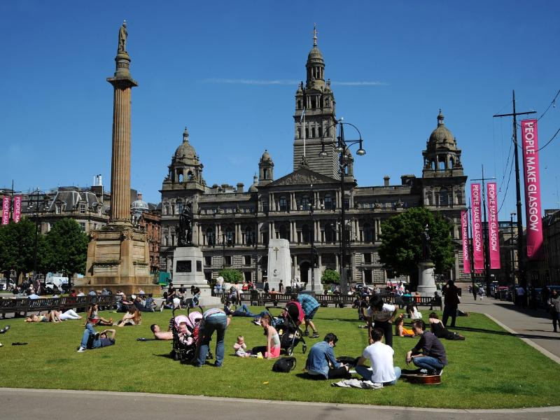George Square and Avenues design contract awarded to John MacAslan + Partners