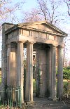 Bellahouston Park - Entrance Displays a larger version of this image in a new browser window