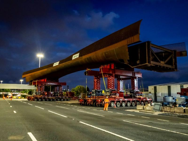 M8 Bridge at Sighthill main span now installed